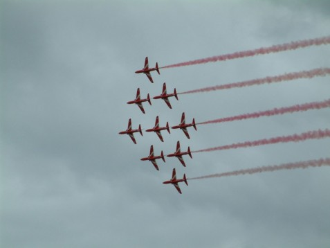 Fly like the Red Arrows