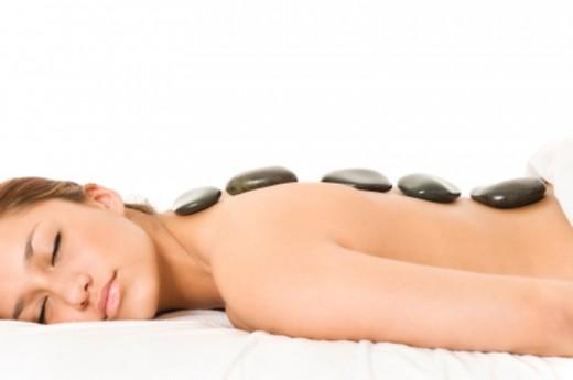 Warm stone massage-7236